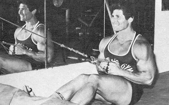 Don Howorth performing the Long Pull Row