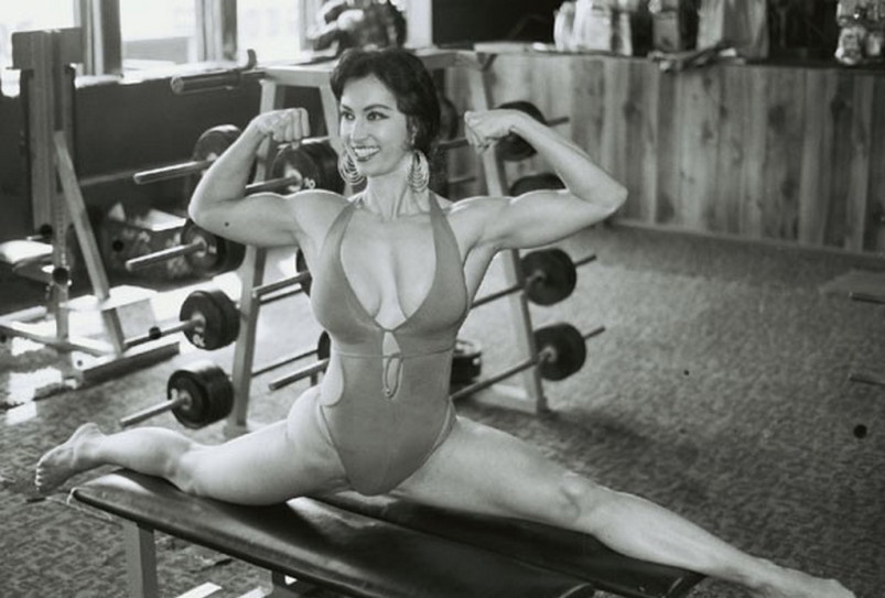 Kellie Everts Posing part 19