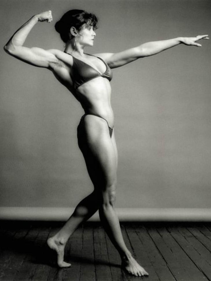 Lisa Lyon Posing