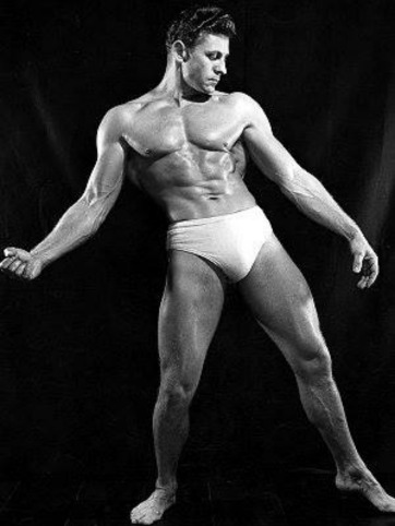Roland Essmaker Posing