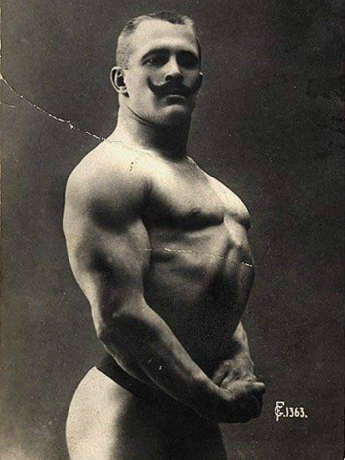Alexander Znamensky William Moore Posing