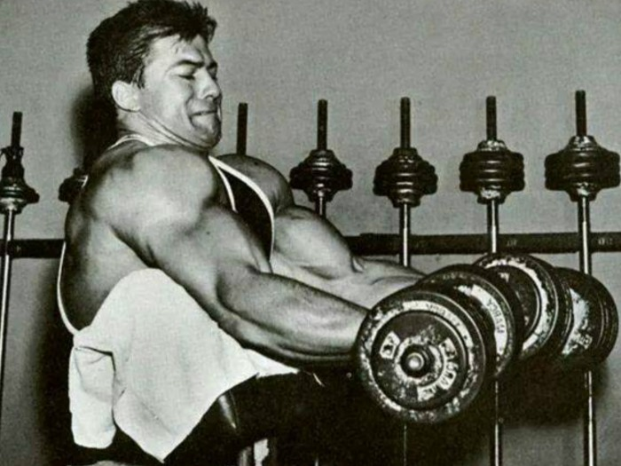 Larry Scott Dumbbell Preacher Curl
