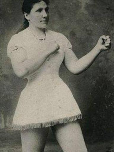 Hattie Stewart Posing