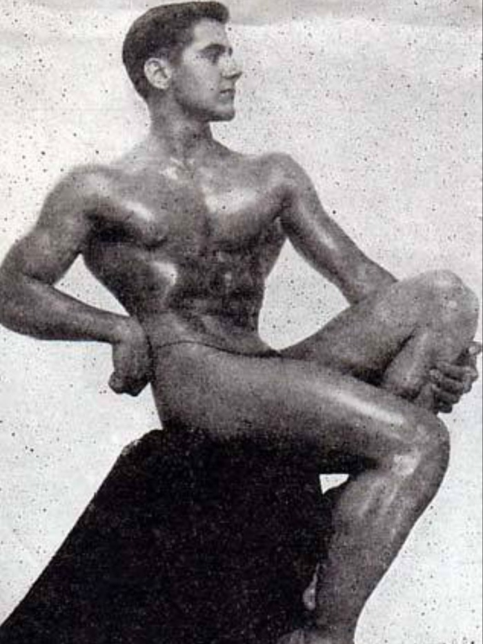 Howard Eastman Posing