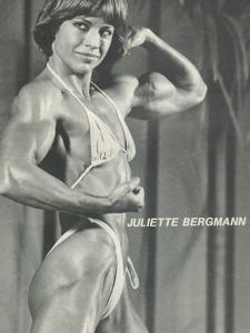 Juliette Bergmann Posing