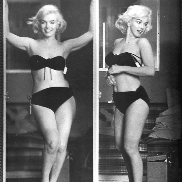 Marilyn Monroe Posing