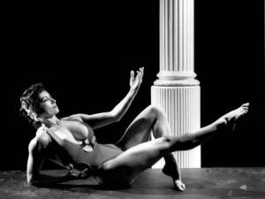 Kellie Everts Posing