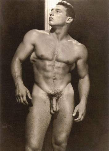 Everett Sinderhoff Posing