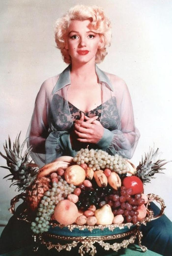 Marilyn Monroe with Fruit Photography by Nicholas Murray 1952