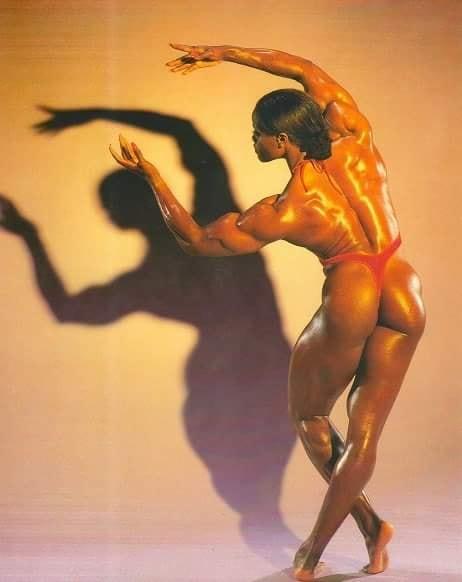 Yolanda Hughes Posing