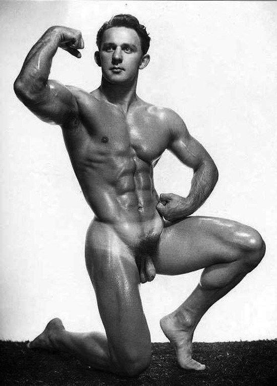 Dick Buckholts Posing