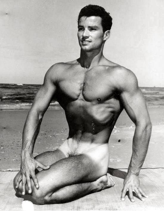 Glenn Bishop Posing