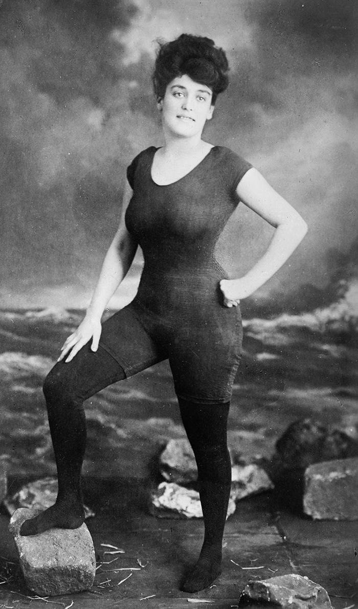 Annette Kellerman Posing