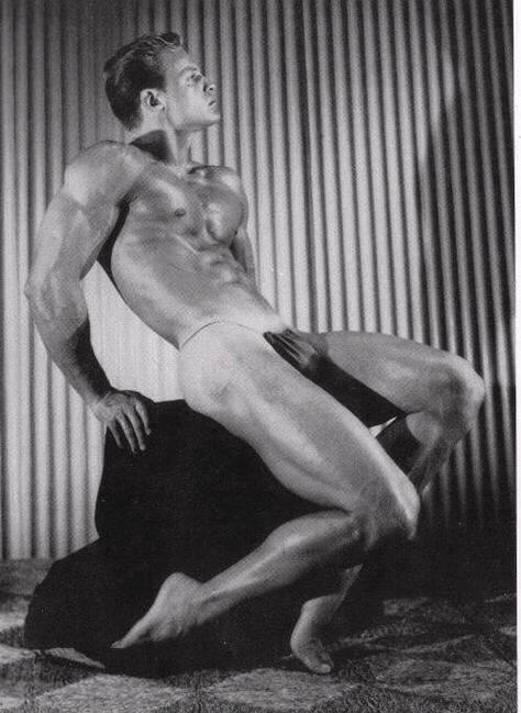 Gordon Hanson Posing
