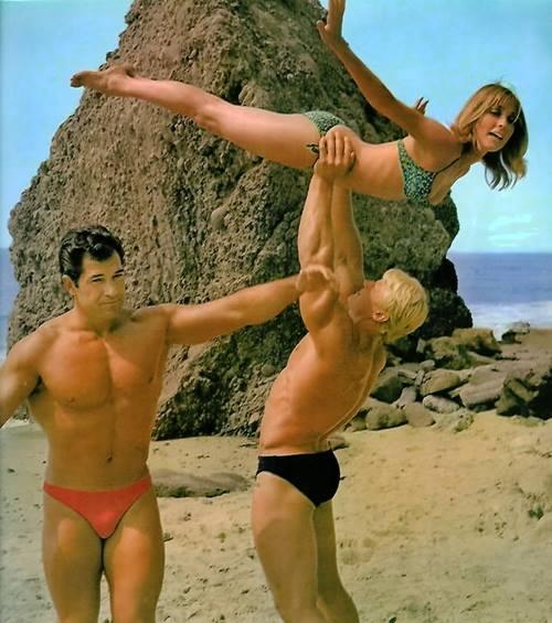 Reg Lewis, Dave Draper, and Sharon Tate Posing