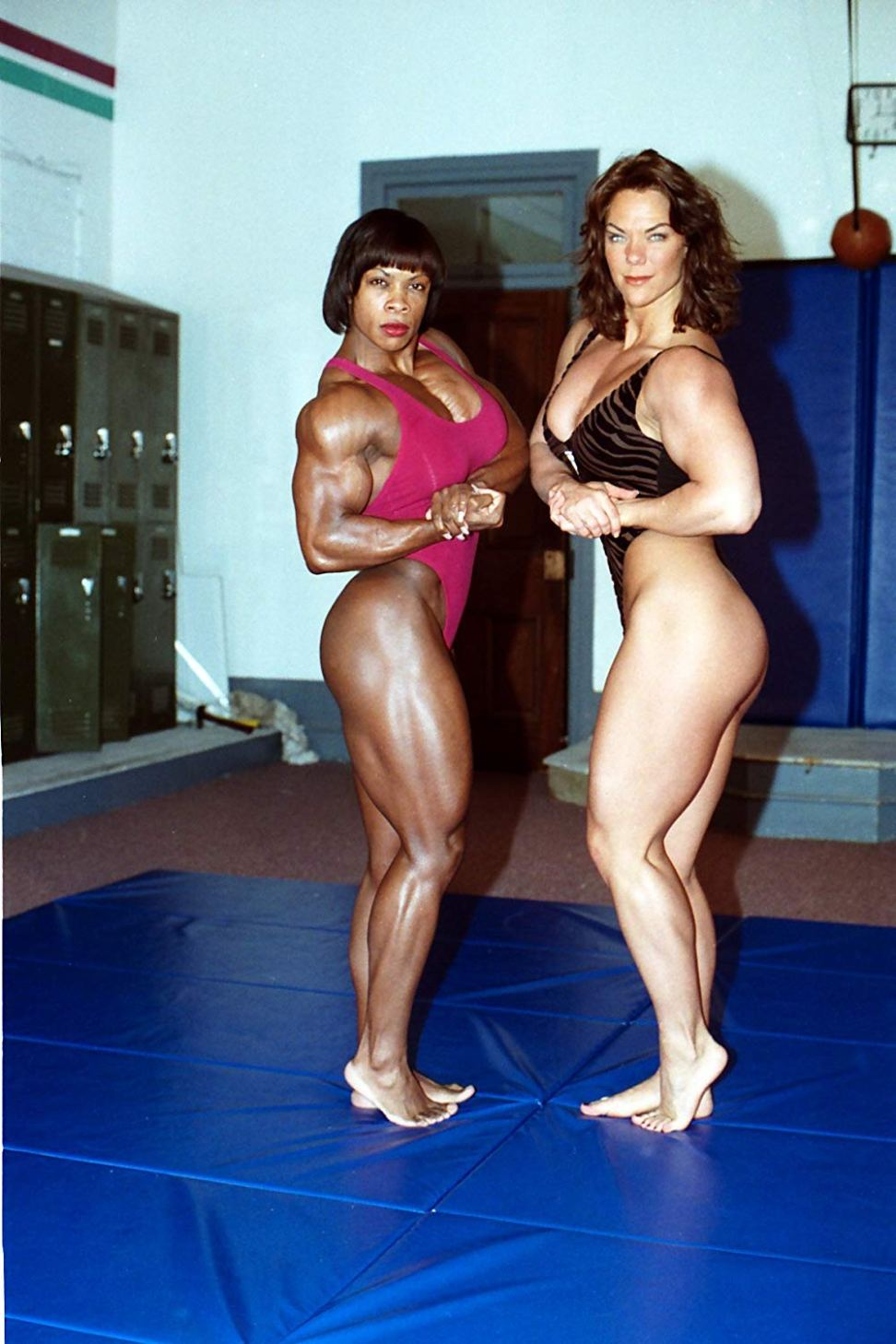 Vickie Gates and Suzan Kaminga Posing