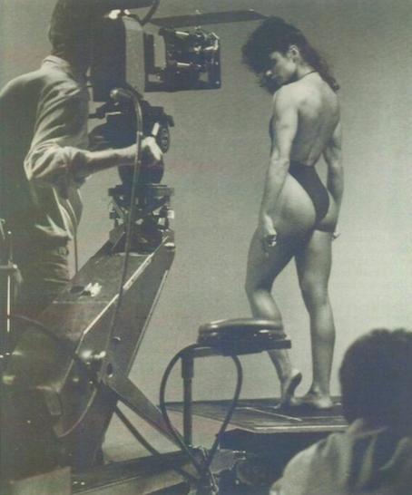 Gladys Portugues Posing part 9