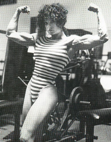 Lisa Lyon Posing part 10