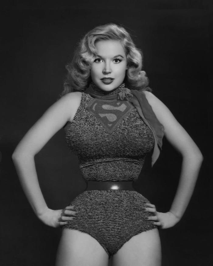 Betty Brosmer Posing part 22