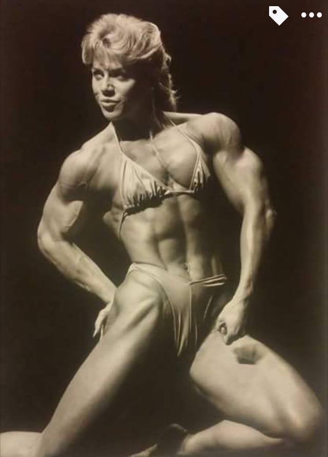 Della Wagnon Posing part 2