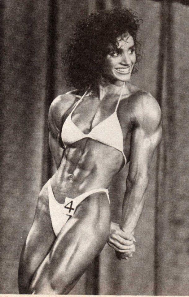 Gladys Portugues Posing part 16