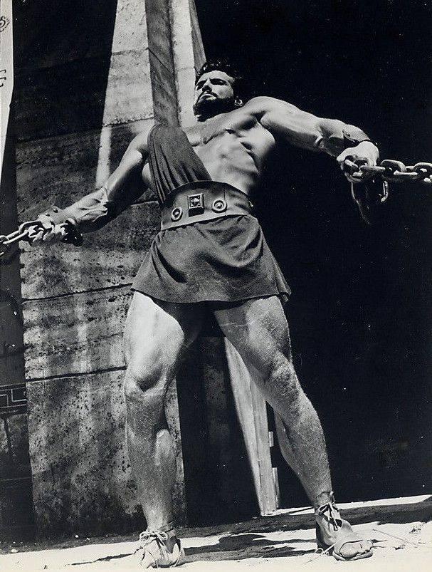 Steve Reeves Posing part 44