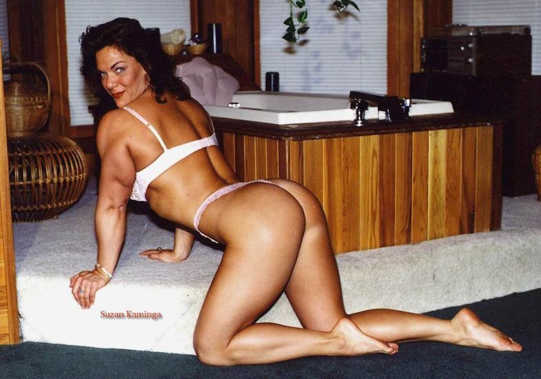 Suzan Kaminga Posing part 14