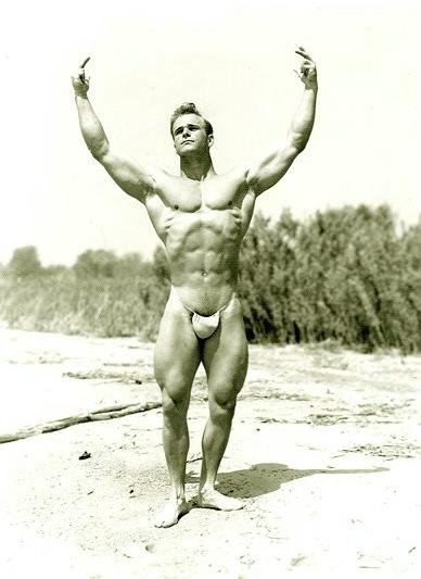 Vic Seipke Posing part 2