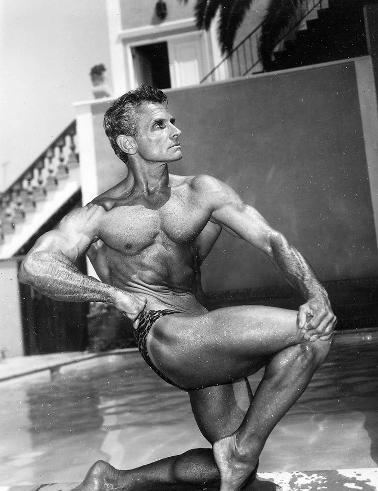 Vince Gironda Posing part 9